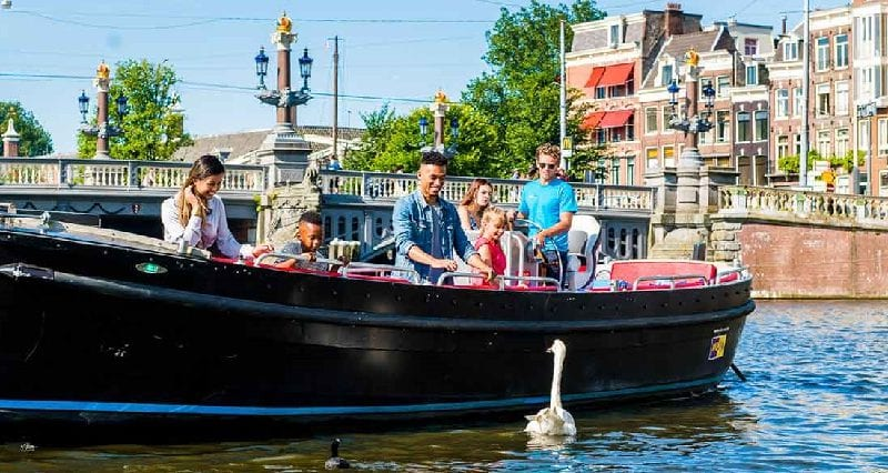 Cruise Local Rondvaart Amsterdam