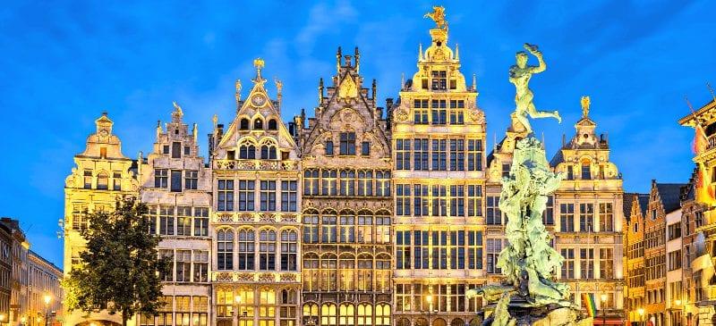 Treintickets naar Antwerpen boeken