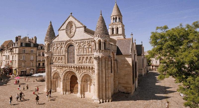 Treinreis Poitiers
