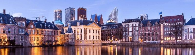 Trein en Hotel in Den Haag