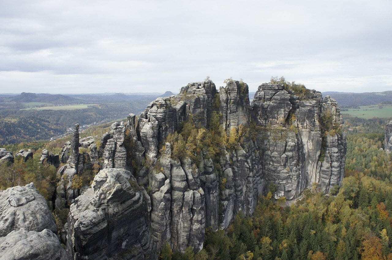 Trein naar Sächsische Schweiz in Duitsland