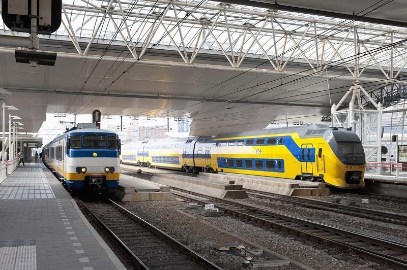 Geen treinen door stroomstoring Woerden